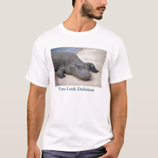 Sie schauen köstliches AlligatorShirt T-Shirt