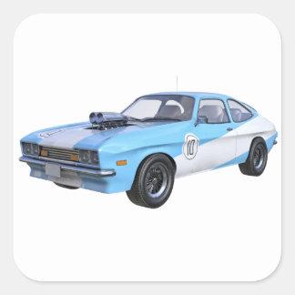 Siebzigerjahre blau und weißes Muskel-Auto Quadratischer Aufkleber
