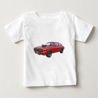 Siebzigerjahre Muskel-Auto im Rot Baby T-shirt