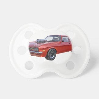 Siebzigerjahre Muskel-Auto im Rot Schnuller