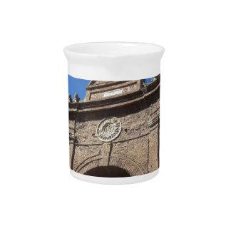 Siena, Toskana - Porta Camollia Getränke Pitcher