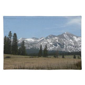Sierra Nevada-Berge I von Yosemite Stofftischset