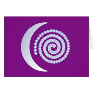 Silberne Mond-Spirale auf Lila Karte