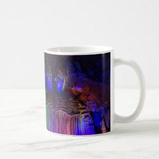 Silberne Tasse der Höhlen-(Guilin, China)