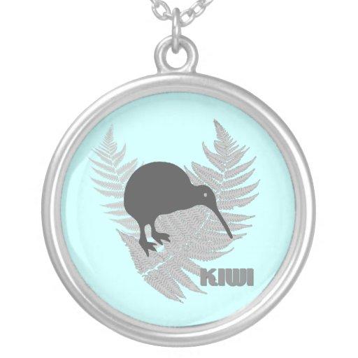 Silberner Farn-Kiwi-Halskette
