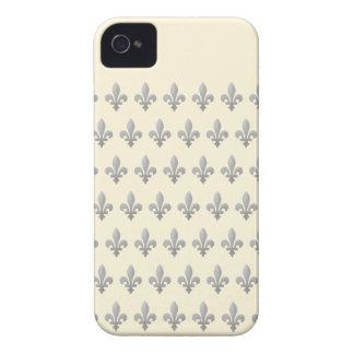 Silbernes Fleur de Lys Cornsilk iPhone 4 kaum dort iPhone 4 Case-Mate Hülle