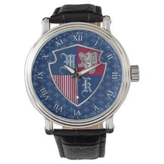 Silbernes Löwe-Wappen Monogramm-Emblem-Schild Armbanduhr