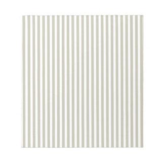 Silbernes Moos und weißes Cabana-Streifen-Muster Notizblock