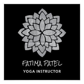 Silbrige Mandala-moderner Yoga-mit Blumenlehrer Poster