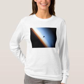 Silhouette von Raumshuttle Bemühung T-Shirt
