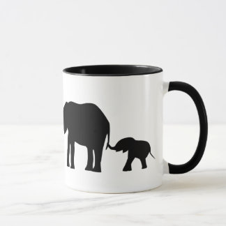 Silhouetten von 3 Elefanten, die Schwänze halten Tasse