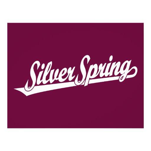 Silver- Springskriptlogo im Weiß Bedruckte Flyer