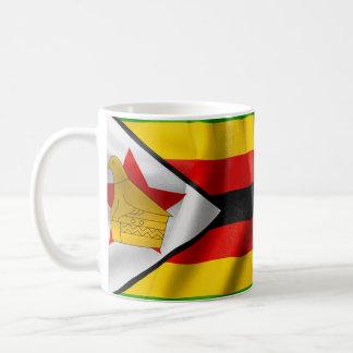 Simbabwe-Flaggen-klassische weiße Tasse