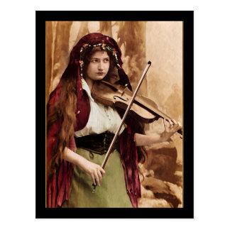 Sinti und Roma-Frau und Violine Postkarte