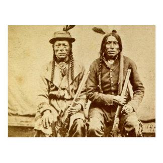 Sioux-Krieger mit dem Wiederholen der Gewehre Postkarte