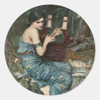 Sirene, die Musik für Seeleute spielt Runder Aufkleber