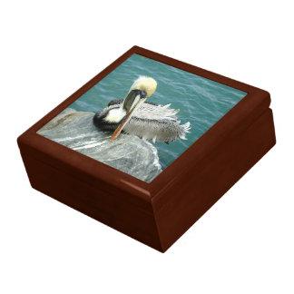 Sitzender Pelikan Erinnerungskiste