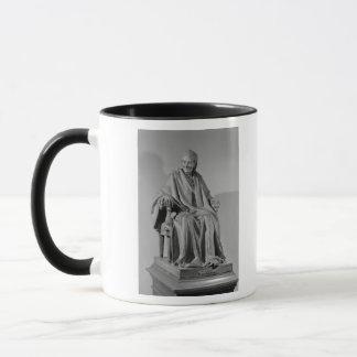 Sitzskulptur von Voltaire Tasse