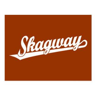 Skagway Skriptlogo im Weiß Postkarte