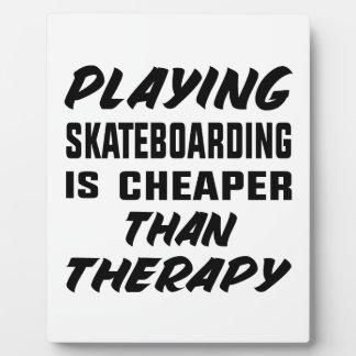 Skate-Boarding zu spielen ist billiger als Fotoplatte