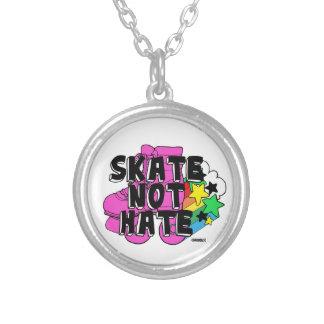 Skate-nicht Hass Versilberte Kette