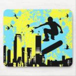 Skateboard. Brett mit Vögeln