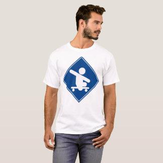 Skateboard-kreuzenblau T-Shirt