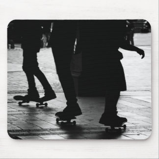 Skateboarding im Central Park, NYC Mousepad