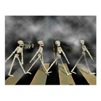 Skeleton Straße Postkarte