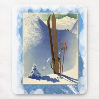 Ski fahren - Skis und Steigungen Mousepad