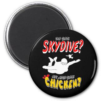 Skydive oder Huhn? (weiß) Runder Magnet 5,1 Cm