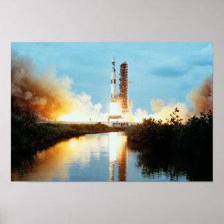 Skylab-Raumstation - Produkteinführung Saturns V Poster