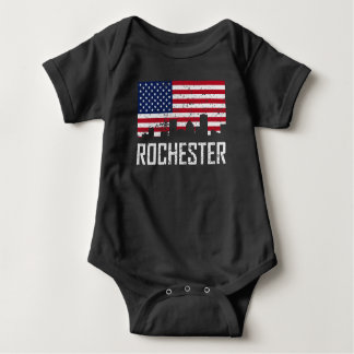 Skyline-amerikanische Flagge Distresse Rochesters Baby Strampler