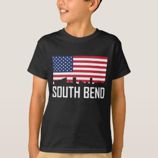 Skyline-amerikanische Flagge South Bend Indiana T-Shirt