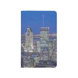 Skyline an Dämmerung 2 Taschennotizbuch