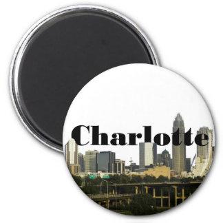 Skyline Charlottes NC mit Charlotte im Himmel Runder Magnet 5,7 Cm