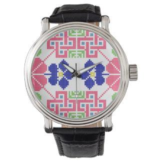 Slowakeivolksmuster-Motiv traditionelles Uhr