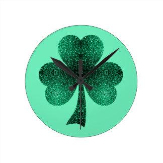Smaragdgrün-Glitzern-Kleeblatt-Kleetürkis Runde Wanduhr