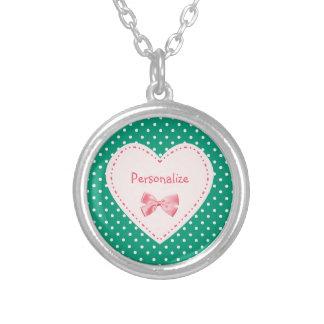 Smaragdgrün-Herz mit Namen Versilberte Kette