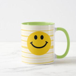 Smiley auf sonnigen gelben Streifen Tasse