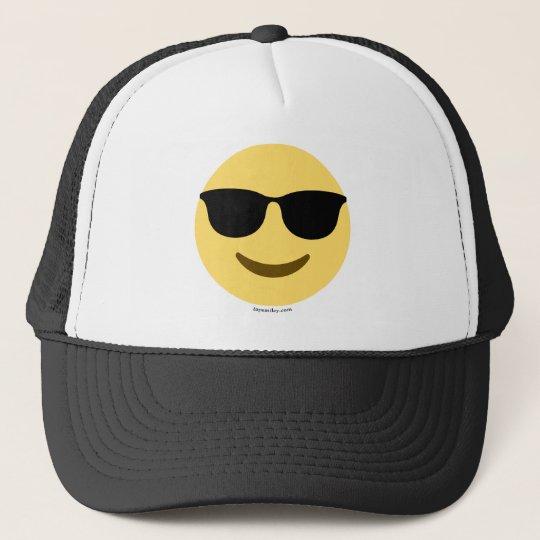 Smiley Emoji mit Sonnenbrille cool Truckerkappe