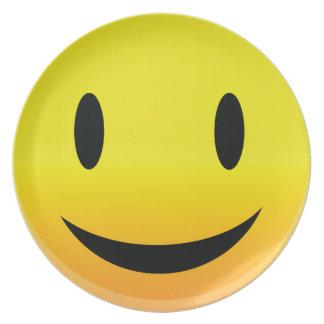 Smilie stellen glückliches gegenüber melaminteller