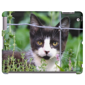 Smokings-Kätzchen Xena im Garten iPad Fall