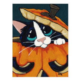 Smokings-Katze in Kürbis-Halloween-Postkarte Postkarte