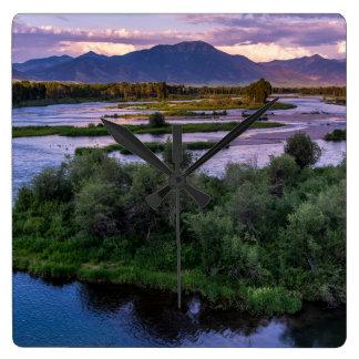Snake River Sonnenuntergang - Schwan-Tal - Idaho Quadratische Wanduhr