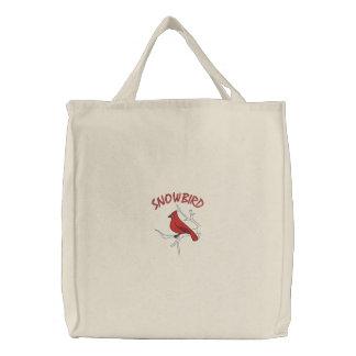 Snowbird: Kardinal im Winter Bestickte Tragetasche