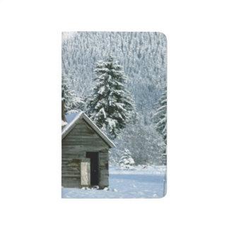 Snowy-Winter-Kabinen-Schnee bedeckte den Taschennotizbuch