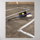 Softball, Softballhandschuh und Schläger an der Poster