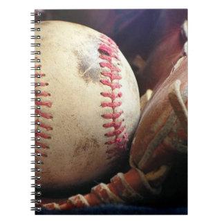 Softball und Handschuh Notizblock