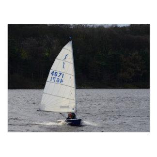 Solo- Schlauchboot mit Geschwindigkeit Postkarte